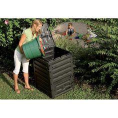 Compostadora Eco-Master 300L de Graf para crear los nutrientes de tu huerto urbano reutilizando los restos del propio huerto o de las comidas.  De color negro.  Con gran abertura superior y dos aberturas inferiores para sacar el compost por 49,95 €