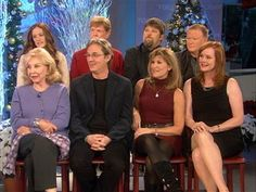 """The cast of the Emmy award-winning TV show """"The Waltons"""" joins TODAY to talk about their anniversary reunion, appearing in public together for the first time in over 20 years. Family Tv, Family Show, Family Movies, Happy Family, The Waltons Tv Show, Walton Family, Richard Thomas, John Boy, Vintage Hollywood"""
