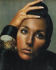 Cher wearing bombe bracelets in platinum, 18k yellow gold and diamonds, circa 1969