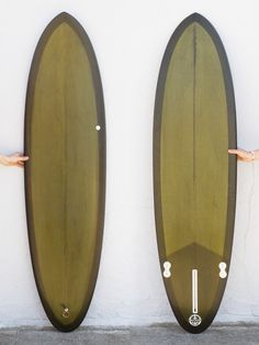 6'6 Fineline 2+1 Egg Mollusk sells eggs, not just because they're great beginner boards (which they are), but because eggs are just great boards. If you could only have one board to surf forever on, an egg would not be a bad choice—they work in small waves, medium waves and if you have the skills; larger and hollower surf. An egg will trim in longboard ankle slappers and still rip a big 'ol bottom turn or cutback.