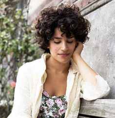 Very Pretty Short Curly Hairstyles You will Love | http://www.short-haircut.com/very-pretty-short-curly-hairstyles-you-will-love.html