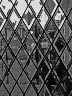 Through the Glass Door | #wallcandy