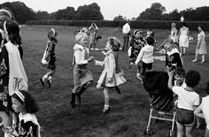 David Hurn  IRELAND. Killarney. Visually the most Irish part of Ireland. The tradition of Irish dancing is kept very much alive by numerous schools who frequently give demonstrations. 1984.