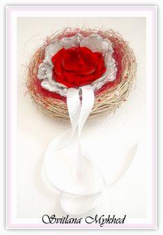 """Porte-alliances """"Coeur Rouge """". Création unique. : Accessoires de maison par perles-et-couronnes"""