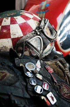 "Daily Man Up Photos) Ever been told to ""man up""? Very few men ever ""man up"" and it's about time we do. I'm not talking about some testosterone-fueled call . Cafe Racer Helmet, Cafe Racer Motorcycle, Motorcycle Helmets, Motorcycle Jackets, Motorcycle Style, Bike Style, Harley Davidson, Vintage Bikes, Vintage Motorcycles"