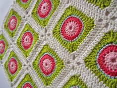 Color 'n Cream Crochet and Dream: Circle In Square Tutorial I free instructions