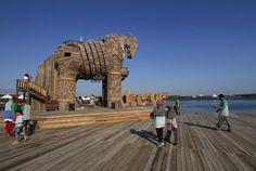 Waah….Patung Ini Tertinggi di Indonesia