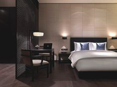 Rooms & Suites at The Puli Hotel in Shanghai, China - Design Hotels™ Space Interiors, Hotel Interiors, Room Interior, Home Interior Design, Planer Layout, Hotel Room Design, Suites, Deco Design, Luxurious Bedrooms