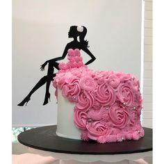Cake Decorating Designs, Creative Cake Decorating, Birthday Cake Decorating, Cake Decorating Techniques, Cake Designs, Candy Birthday Cakes, Birthday Cake Girls, Birthday Cake Toppers, Beautiful Birthday Cakes