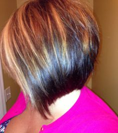 10 Trendy Highlighted Bob Hairstyles Can Try Today Bob With Highlights, Hair Highlights, Angled Bob Hairstyles, Messy Hairstyles, Highlight Bob, Short Hair Cuts, Short Hair Styles, Cute Haircuts, Bob Haircuts