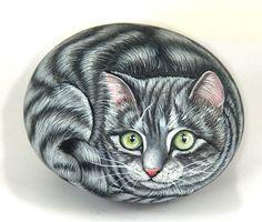 Картинки по запросу кошки нарисованные на камне