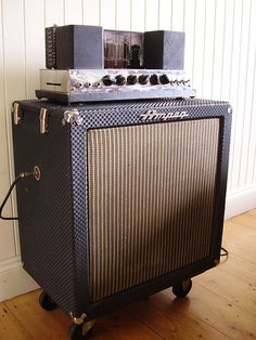 Ampeg Portaflex fliptop... why is everything from the 60's the best?