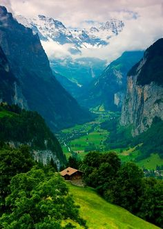 Lauterbrunnen Valley, Bern, Switzerland... I am so going there