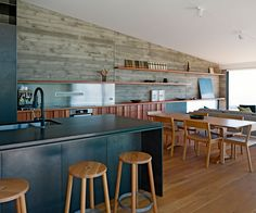 A Muriwai kitchen that captures the ocean view - Homes To Love