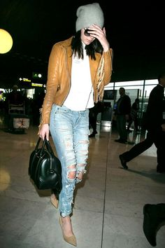 Everything Kendall Jenner Wore In Paris For Haute Couture Fashion Week Celebrity Outfits, Celebrity Style, Printed Skirt Outfit, Haute Couture Outfits, Airport Attire, Kendall Jenner Style, Kylie Jenner, Kardashian Jenner, Airport Style