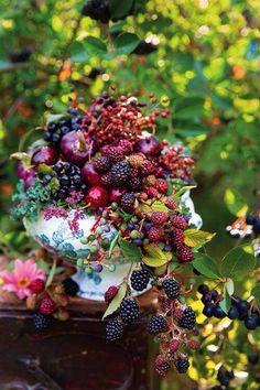 Cascading fruit
