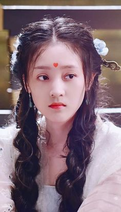 •Nguyệt• Girl Film, Chinese Element, Chinese Movies, Chinese Art, Costumes For Women, Female Costumes, Hanfu, Pretty Face, Cosplay Costumes