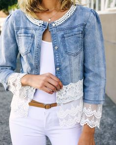 New farah lace trim jean jacket Lace Jeans, Denim And Lace, Mode Outfits, Chic Outfits, Fashion Outfits, Tomboy Outfits, Diy Clothes, Clothes For Women, Refashioned Clothes