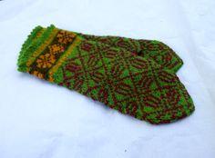 Latvian mittens hand knit wool mittens by peonijahandmadeshop, $45.50