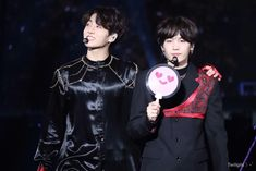Jungkook and suga Bts Bangtan Boy, Bts Jungkook, Namjoon, Taehyung, Foto Bts, Bts Photo, K Pop, Bts Official Light Stick, Wattpad