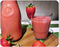Strawberry shake with homemade oats milk
