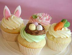 Noi stiamo già pensando alle idee di Pasqua!  Mini Easter Cupcakes!