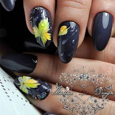 Design For Autumn Nails 2018 Autumn nail designs are absolutely what you accept been attractive for, haven't you? Fall Nail Art Designs, Beautiful Nail Designs, Beautiful Nail Art, Beautiful Hands, Cute Nails, Pretty Nails, My Nails, Autumn Nails, Winter Nails