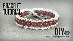 DIY Easy Boho Bracelet with Beads and Button #DIY #Bracelet #Macrame #Boho #Jewelry #Tutorial