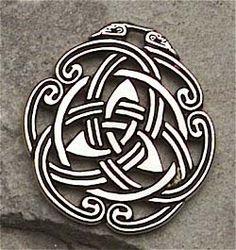 embelished Celtic Trinity knot
