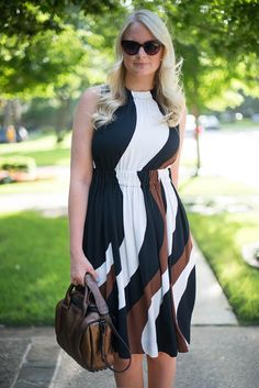 Merritt Beck of The Style Scribe featuring kate spade Rio crepe dress