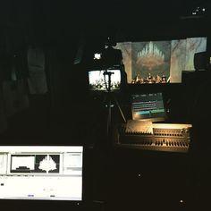 Concierto de año nuevo en el @teatrochapi de #Villena desde dentro. #videomapping #music #concert #newyear #working #millumin @anomes #tw #pin