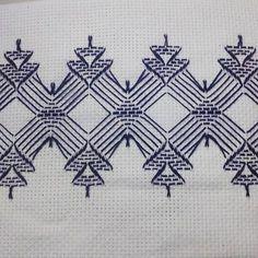 Huck Embroidery / Punto Yugoslavo / Swedish Weaving / Bordado Vagonite. Motivos natalinos
