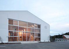 Architect Yasutaka Yoshimura has transformed a disused warehouse in Japan into a kindergarten