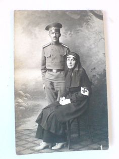 ORIGINAL FOTO WWI 1915. Subensign and sister of mercy. RUSSIAN IMPERIAL ARMY.