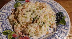В этом салате будут очень к месту кедровые орехи или жареный миндаль.