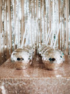 We planned a fun Disco Dive themed birthday party for Ellie who was turning Five. 21 Party, Geek Party, Sofia Party, Xmas Party, Mamma Mia, Disco Party Decorations, Disco Theme Parties, Disco Cake, Disco Birthday Party