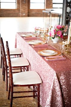 Sex and the City Inspired Bridal Luncheon - www.theperfectpalette.com - Elizabeth Nord Photography, Elizabeth Greve Photography, Petals N' Bloom