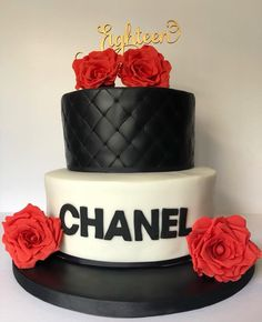 Chanel cake with sugar roses