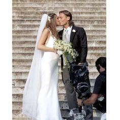 Bouquet Sposa Ilary Blasi.13 Fantastiche Immagini Su Matrimoni Matrimonio Sposa E Spose
