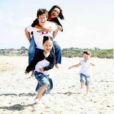 This has always been one of my favorite family photographs.  So fun!