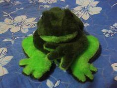Estojo sapo verde
