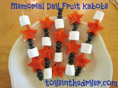 Memorial day food ideas - Fruit Kabobs!