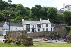 The Swan Inn, Little Haven - good option for lunch/dinner if visiting Broad Haven beach.
