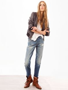 Immagine di http://cdn.sojeans.com/products/1065x1410/5/7/0/25075-jeans-levis-tailored-501-1.jpg.