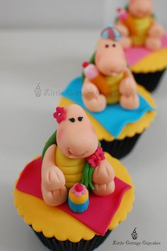 My Little Cutie Turtle! by Little Cottage Cupcakes, via Flickr