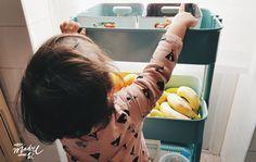 Cocina adaptada para niños. Como poner #todoenorden Ambientes montessori espacios montessori.