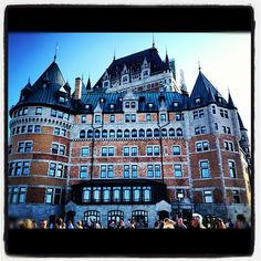 """@jazram520's photo: """"#most#photographed#hotel#oldquebec#canada#touristspot#awesome#picsoftheday#photooftheday#people#sightseeing#iphoneonly#instagramer"""" // Château Frontenac #quebec quebecregion.com"""