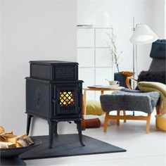 Traditional Freestanding Fireplace from Jøtul