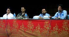 terbaru Menguak Jurnalisme Perdamaian di Kampus Sastra