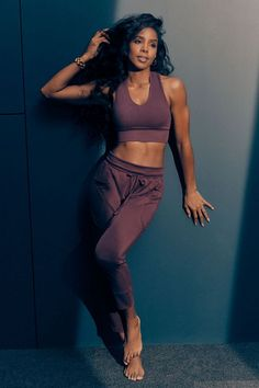 Say hello to your favorite lounge pant, fashioned with a slim-slouch fit and all the pockets you could ever need. Cut from our ultra-lightweight, super-soft washed tricot fabric. Black Women Fashion, Look Fashion, Teen Fashion, 2 Piece Outfits, Cute Outfits, Girly Outfits, Trendy Outfits, Gym Outfits, Modest Outfits